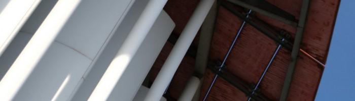 droit immobilier et du logement :  droit de la construction, expertise, garantie décennale, contestations de décision d'assemblées générales de copropriétaires, impayés de loyer et de charges, expulsion…  recouvrement de créances :  commandement de payer, injonction de payer, saisie, délais de paiement…